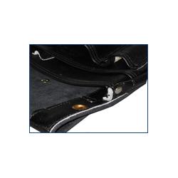 黒革釘袋 底面補強